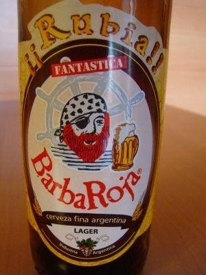 Cerveja BarbaRoja Rubia, estilo Premium American Lager, produzida por Barba Roja de Anapa, Argentina. 4.5% ABV de álcool.