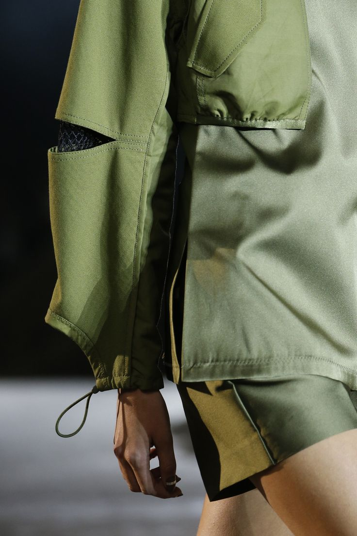 3.1 Phillip Lim Spring 2016 Ready-to-Wear Fashion Show - Liza Ostanina