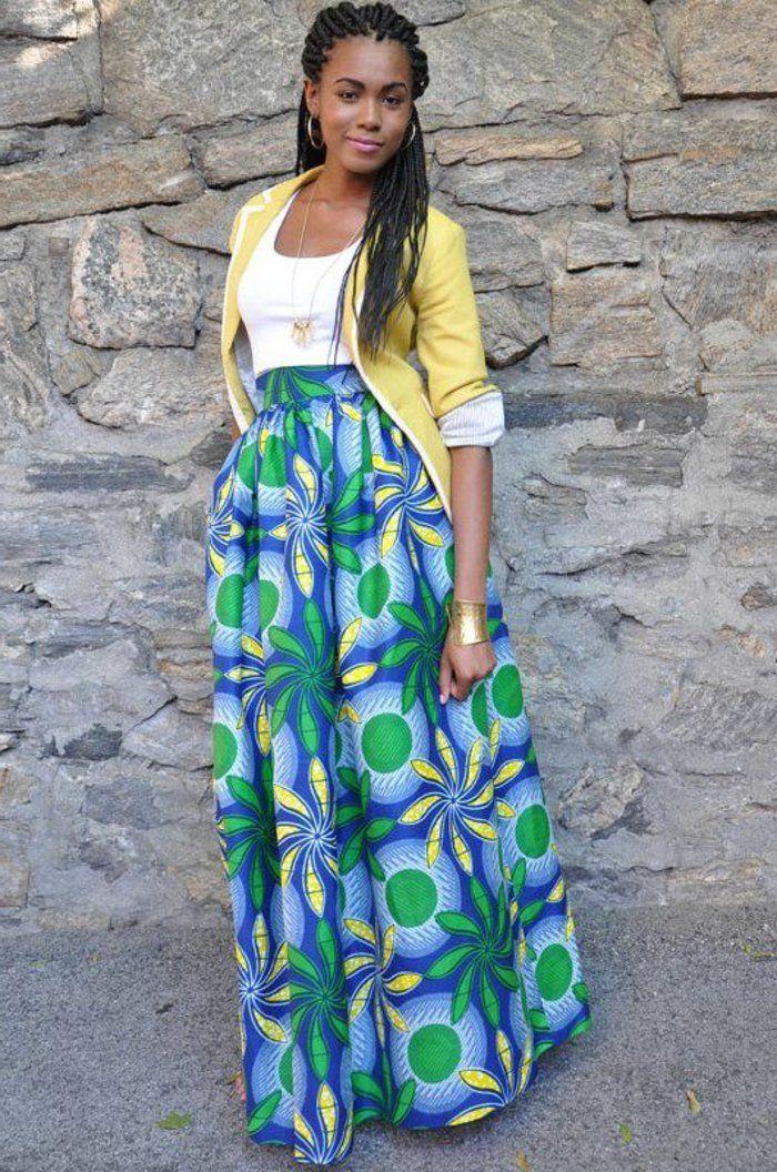 robe africaine wax, jupe longue, veste jaune et coiffure en tresses africaines