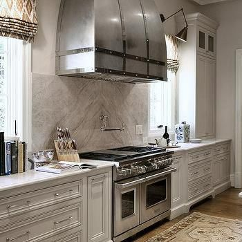 Taj Mahal Quartzite Cooktop Backsplash