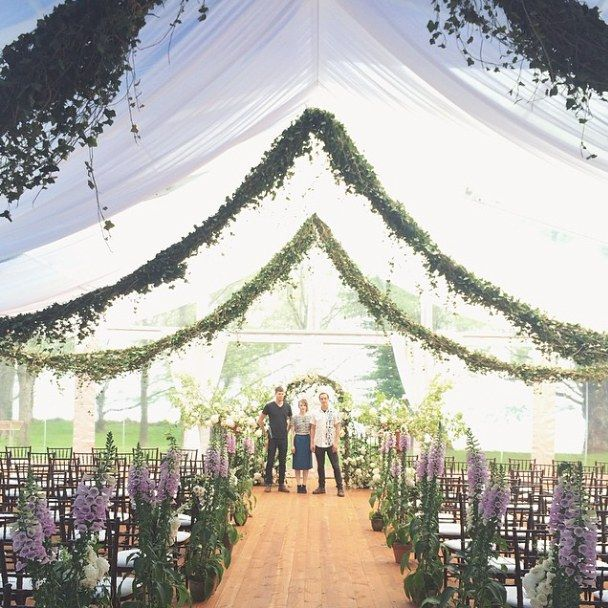 It took three people two days to hang these giant ivy garlands for a wedding just outside of Detroit, Michigan. Florist: Saipua Event Planner: VLD Events Venue: The Eleanor & Edsel Ford House