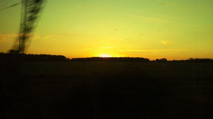 Il tramonto dal treno... verso Nord. Nordic Sunset from the train