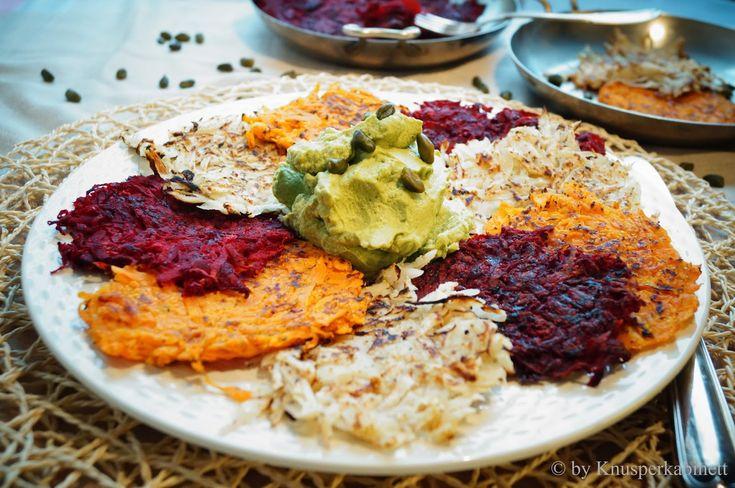 KNUSPERKABINETT: Dreierlei Gemüserösti mit Broccoli-Pistazien-Hummus