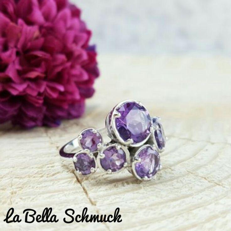 Ring mit Amethyst Steinen http://www.labella-schmuck.ch/produkt-kategorie/ringe/