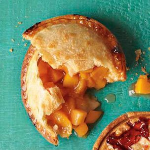 Williams Sonoma Mini Peach Pies Recipe - going to try this one this fall when the peach trees are loaded!