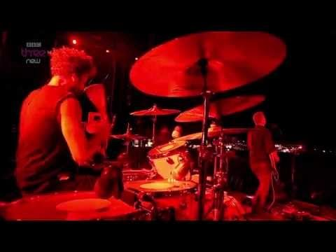 Queens of the Stone Age - Reading Festival 2014 (Full Concert HD) - YouTube