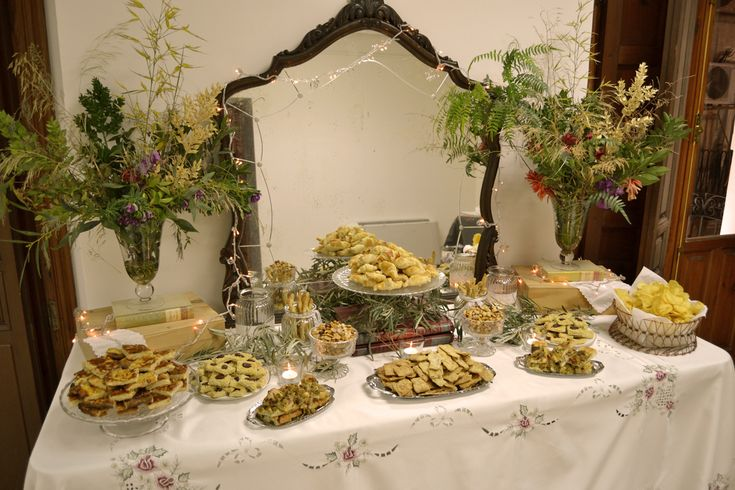 17 best images about candy bar on pinterest mesas dessert buffet and puertas - Ideas decoracion bar ...