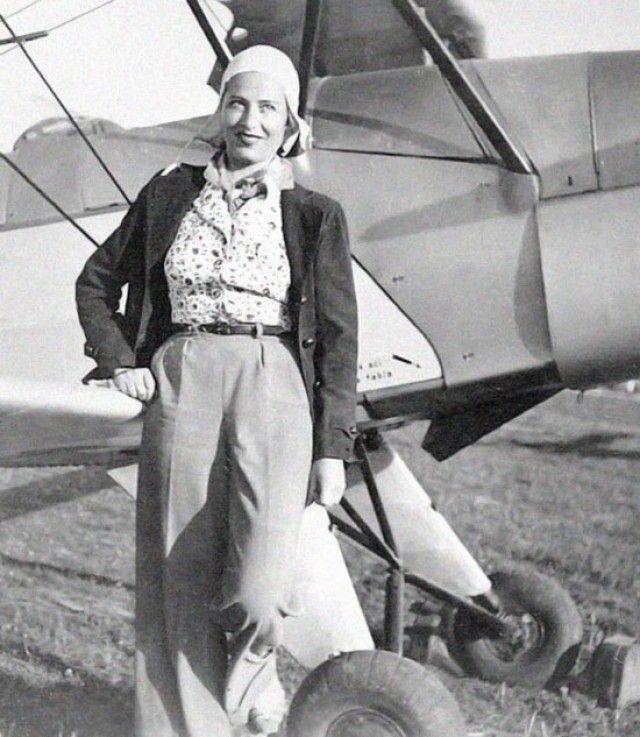 Irina Burnaia, prima femeie care a survolat Munții Carpați