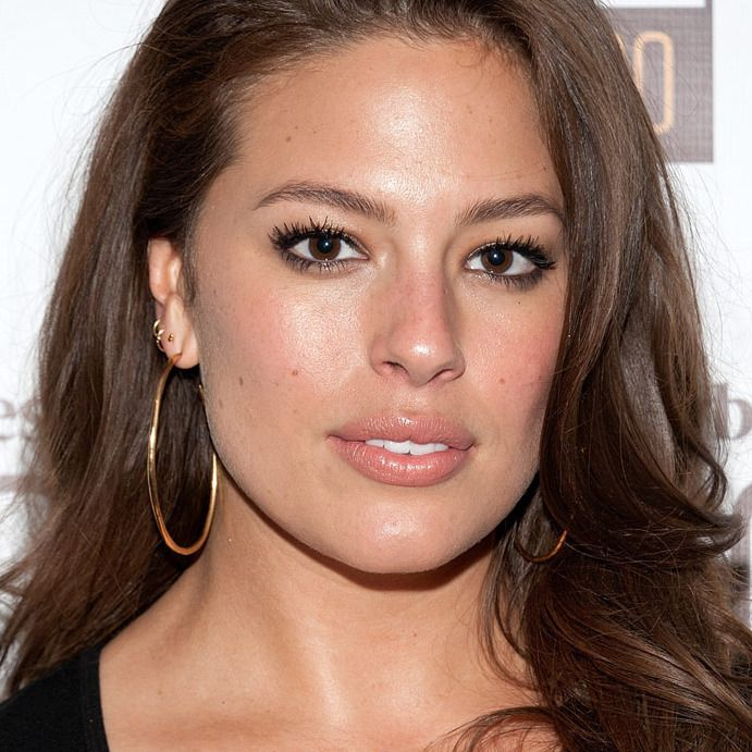 Retired Sports Illustrated Model Wishes Ashley Graham Were Skinnier