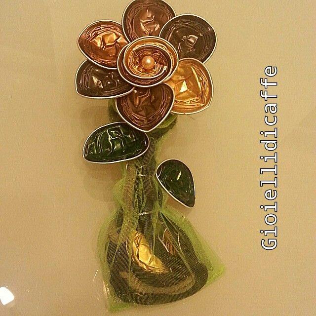 Collana con fiore Nespresso confezione regalo