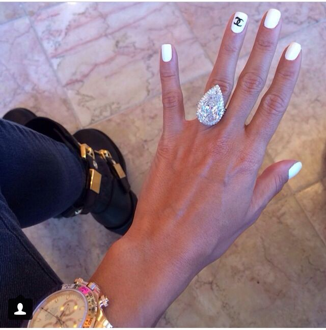Lilly Ghalichi's engagement ring!                                                                                                                                                     More