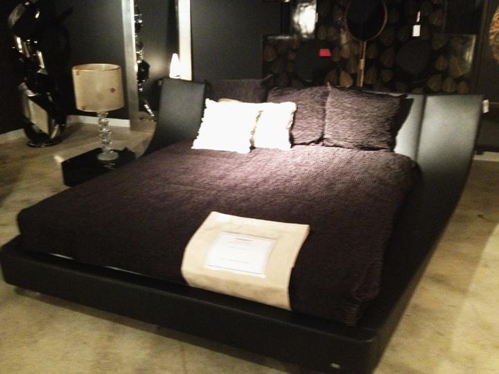 cocoon bed bing images. Black Bedroom Furniture Sets. Home Design Ideas