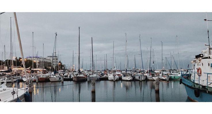 Gdynia  #gdynia #3miasto #morze #sea #water #ship #ships #boat #boats #sky #clouds #evening #reflection #vsco #vscocam #vscopoland #iphoneonly #shotoniphone #iphone7