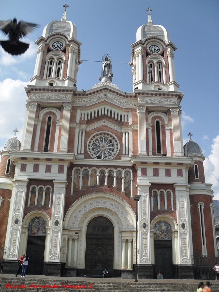 Iglesia de Nuestra Señora del Rosario Bello - Antioquia (Colombia)