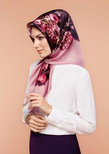 Armine Su Hijab