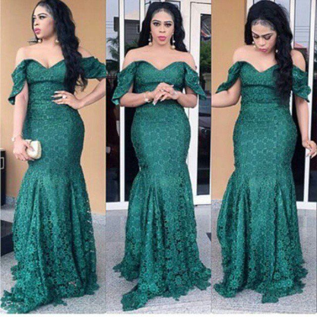 http://dabonke.blogspot.com.ng/2017/01/creative-aso-ebi-styles-with-cord-lace.html