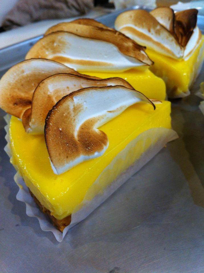 Lemon meringue tart At Jam&Bread