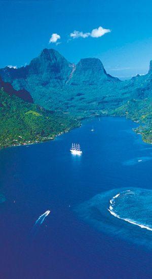 Espectaculares vistas sobre la bahía Opunohu en Moorea
