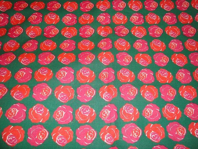 Vintage Tampella fabric Pikku ruusu design Marjatta Metsovaara