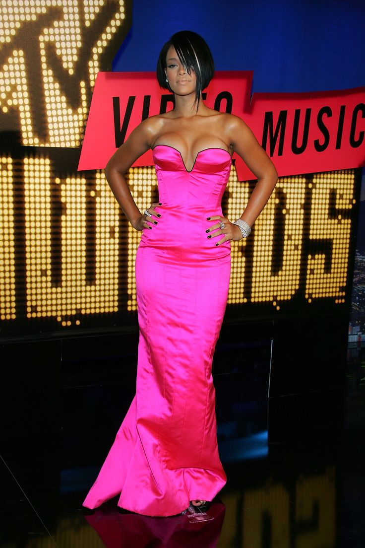 "In Photos: ""Rihanna, 2007"" 