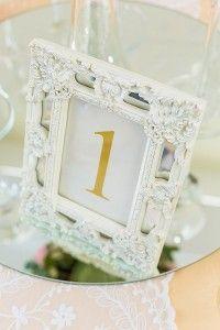 Numere de masa vintage pentru sala de nunta - Vanilla Events