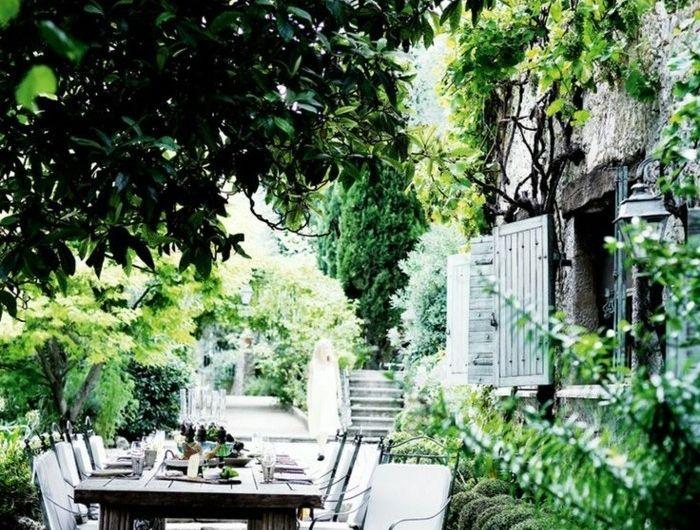 1-amenagement-terrasse-exterieur-moderne-quels-meubles-d-extérieur-choisir-pour-la-terrasse