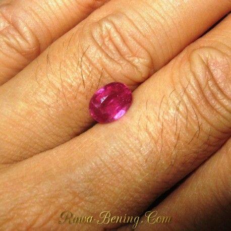 Batu Cincin Ruby Oval Cut 1.75 carat