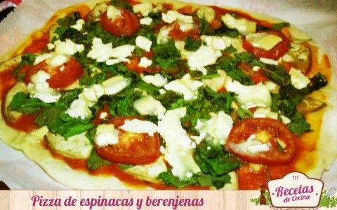 Pizza de espinacas y berenjenas con queso de cabra