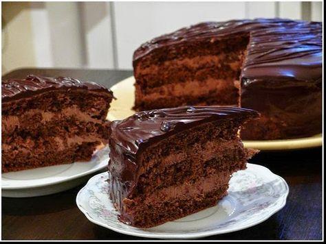 Замечательный рецепт! Напоминает Прагу из далекого детства... Очень вкусный и шоколадный!   Ингредиенты:  Для бисквита:  мука – 170 г  м...