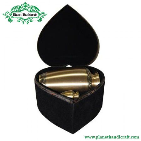 Carved bronze urn is not only used to store ashes of kith and kin's, but is easy to carry due to size. Planet handicraft dispenses bronze urn online to customers in India, UK& USA at minimum price http://goo.gl/eqyk2S