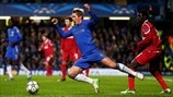 Fernando Torres (Chelsea FC) & Enoch Adu (FC Nordsjælland)   Chelsea 6-1 Nordsjaelland. [05.12.12]