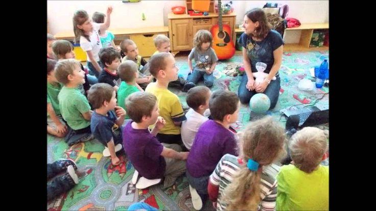 """Výchovně vzdělávací program pro MŠ """"Človíček a jeho maminka planeta Země"""""""