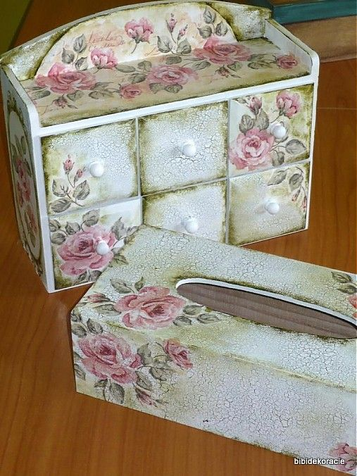 Romantic decoupage