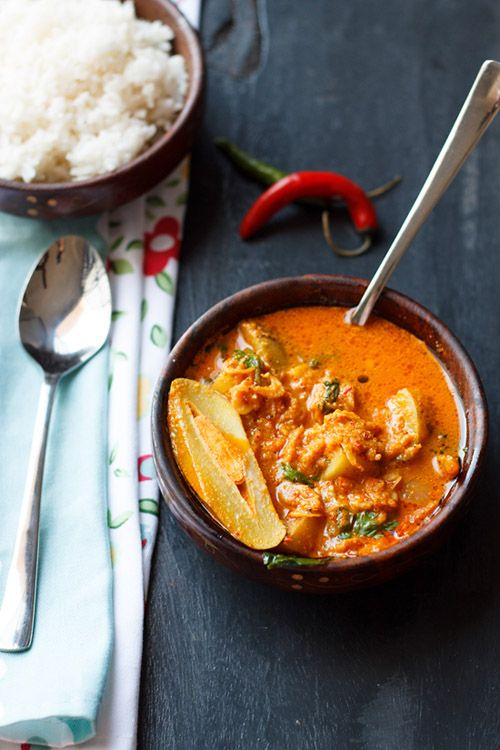 Dry Shrimp Curry with Mango Recipe another classic dish from the Goan Cuisine. Dry Shrimp Curry tastes great with rice, fish fry, pao and bread