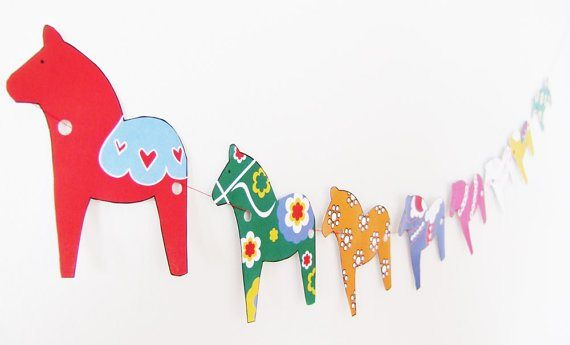 DIY- Dala Horse Garland made from different colored craft papers