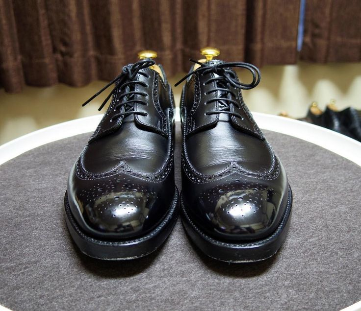 KOKON 明日の靴 前回傷つけてしまったのでちょっと時間がかかってしまいました #kokon #kokonshoes #shoes #mensshoes #shoecare #ココン #紳士靴 #革靴 #靴磨き #シューケア