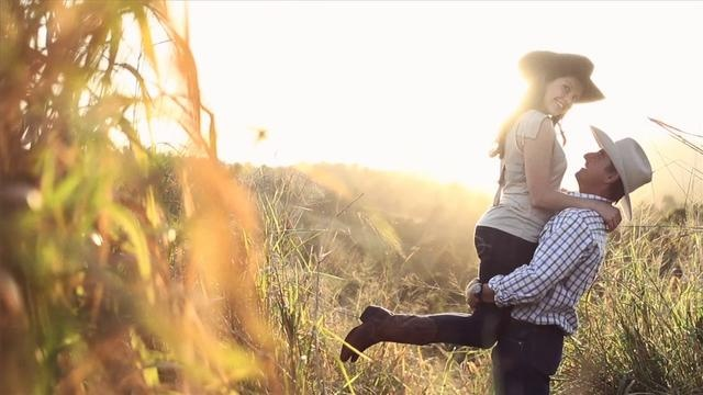 Our Engagement video   Filmed in Innisfail,QLD,Australia.  Photography by Mefoto  Filmed by Threadless Films