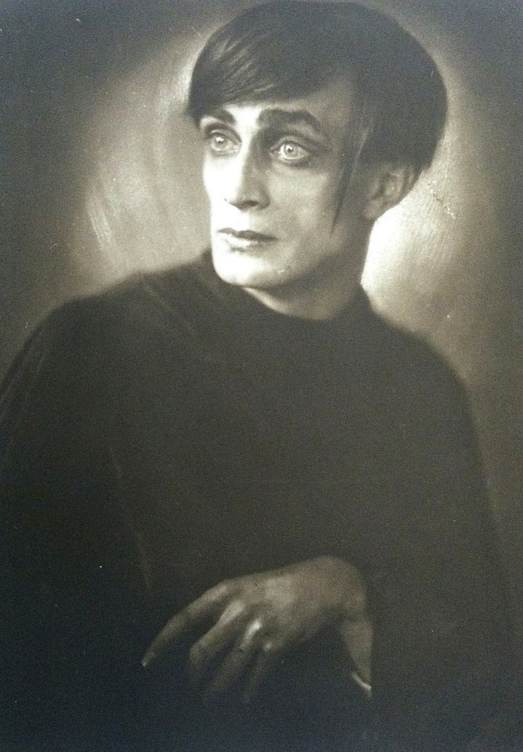 Conrad Veidt in the role of Cesare in The Cabinet of Dr. Caligari (Photo by Franz Xaver Setzer, gelatin silver print, 1921) Photo on exhibit at the Leopold Museum in Vienna.