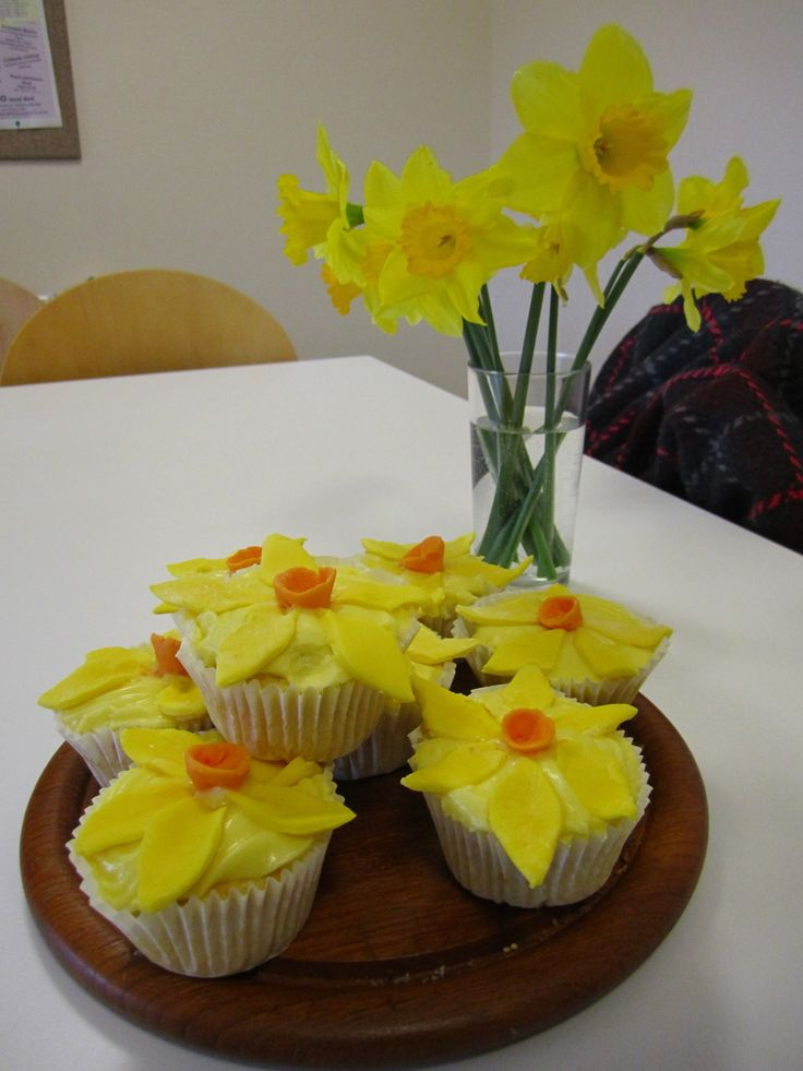 17 Best Images About Daffodil Cupcakes On Pinterest