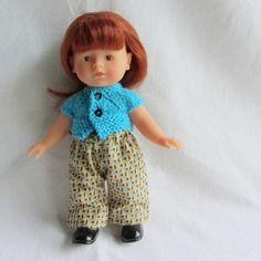 Habit de poupée : ensemble gilet bleu cyan et pantalon pour poupée corolline