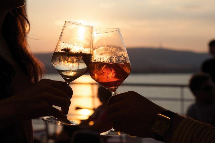 Wann buchen Sie ihren nächsten Sonnenuntergang an Bord?