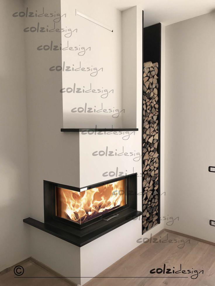 Monoblocco #austroflamm 89x49x45S con rivestimento in ardesia e portalegna in metallo #colzidesign #sumisura #warmassured