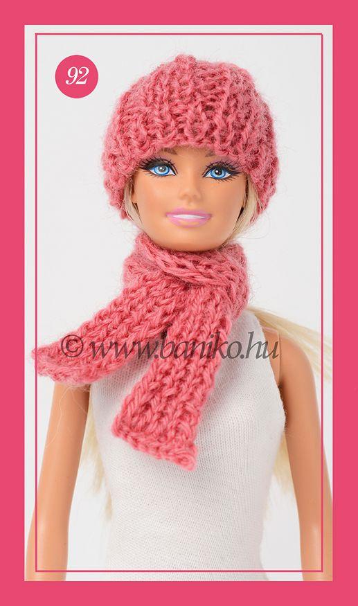 Mályva színű, kötött Barbie sapka és sál