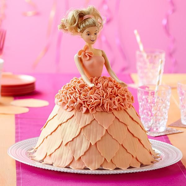 481 best Doll Cakes images on Pinterest Doll cakes Barbie cake