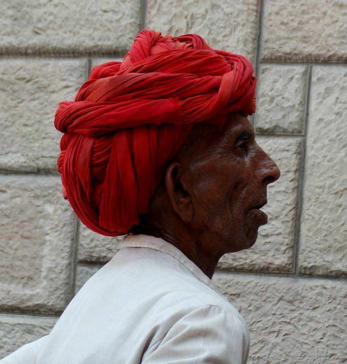 #India #red #turbante #man #photography ©Giorgia Pezzoni