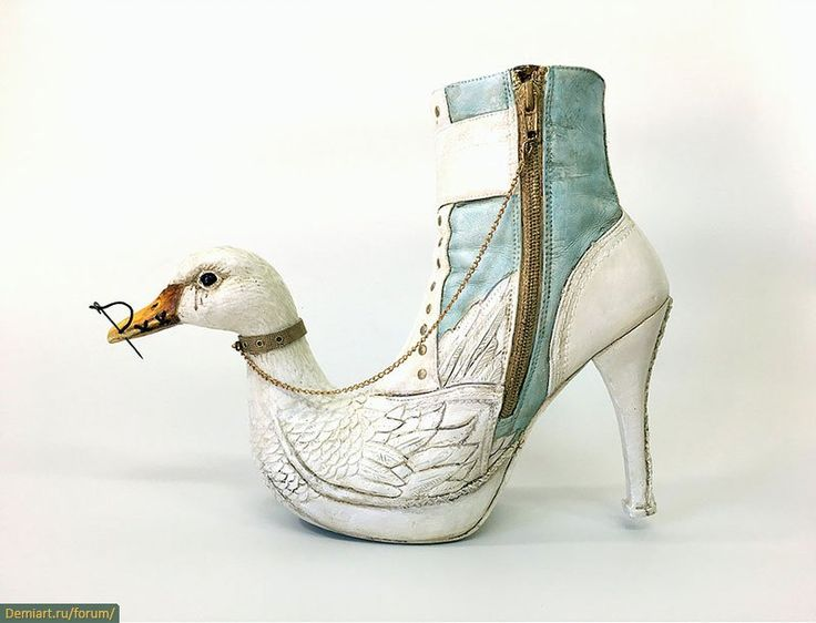 Обувные скульптуры Коста Магаракиса