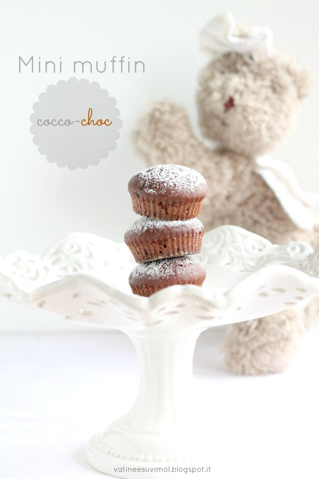 Mini muffin al latte di cocco e scaglie di cioccolato