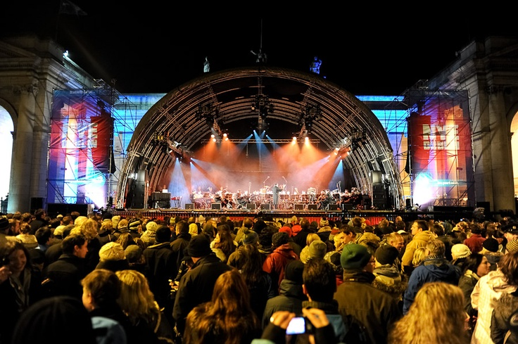 NYE Dublin Festival - Countdown Concert on College Green