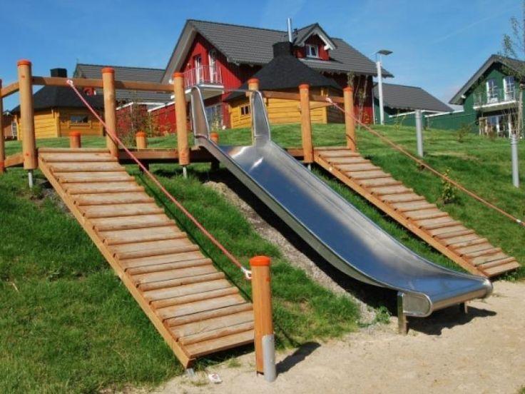 Rutschen Nach Din En 1176 Offentlicher Spielplatz Kindertagesstatte Kindergarten Outdoor Public Playground Backyard Playground Backyard