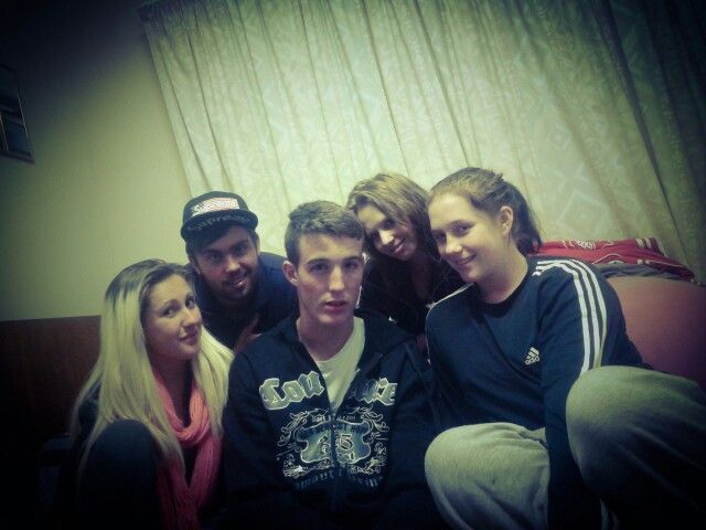 Mandy, Miggs, Daz,LIL D.D and I♡  having a chilled night :D